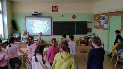 Obrazek galerii Andrzejki klas młodszych 2019