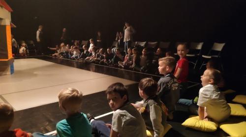 """Obrazek galerii Spektakl pt. """"Ojczyzna"""" w Teatrze Lalek Banialuka"""