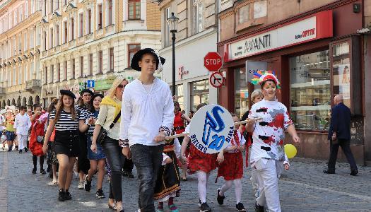 Obrazek newsa Korowód i festyn na rzecz bezpieczeństwa ruchu drogowego za nami